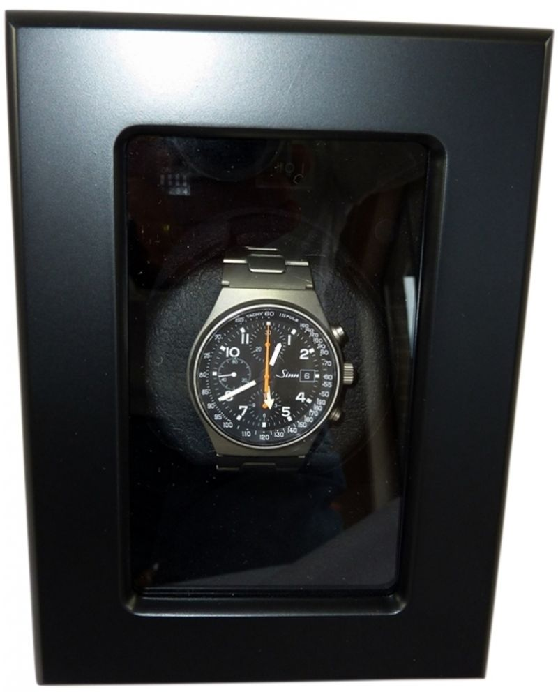 Luxury display single automatic watch winder model: VISTA-01MB/01WM